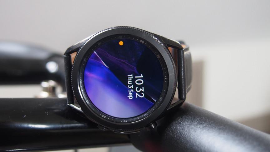Samsung Galaxy Watch 3 se apaga y se enciende