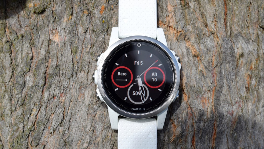 Cómo reiniciar un reloj Garmin